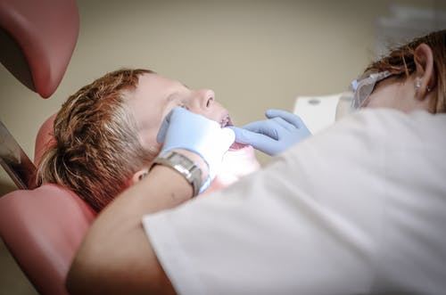 Top facts to keep in mind about getting all on 4 dental implants
